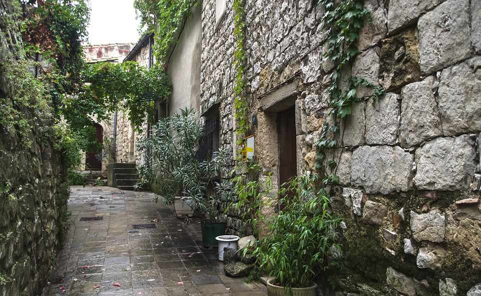 Herald, The Matelles, Village, Medieval, Lane, Pavers