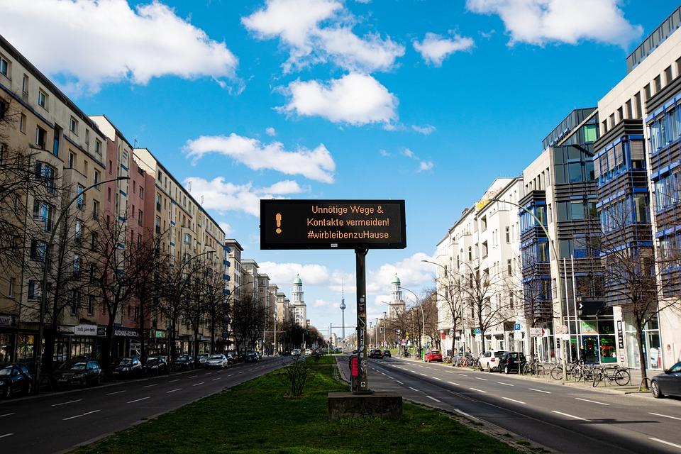 Berlin, Coronavirus, Virus, Frankfurter Allee