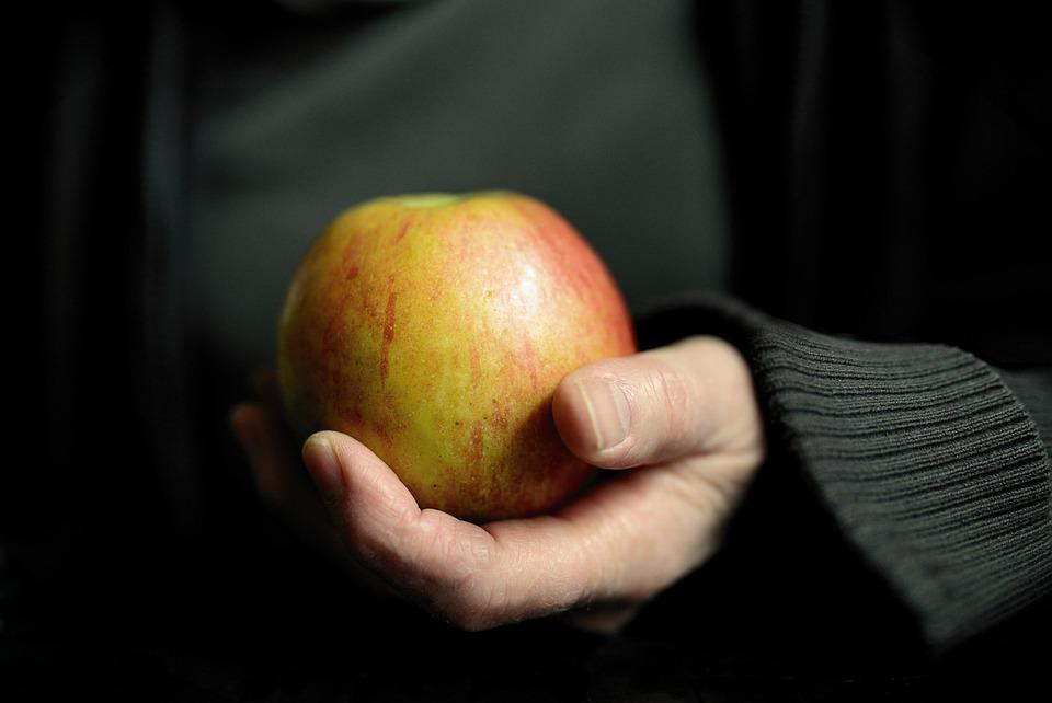 Apple, Hand, Keep, Fruit, Vitamins, Fresh, Eat, Food