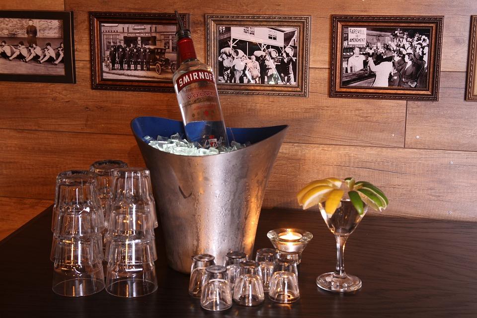 Vodka, Club, Beverage, Alcohol, Booze