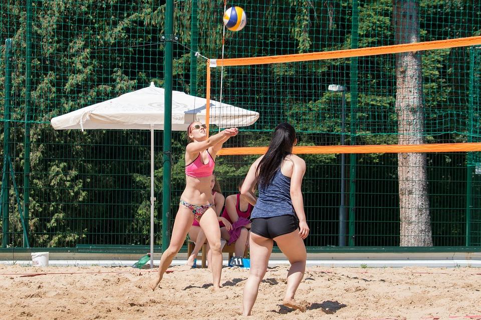Beach Volleyball, Volleyball
