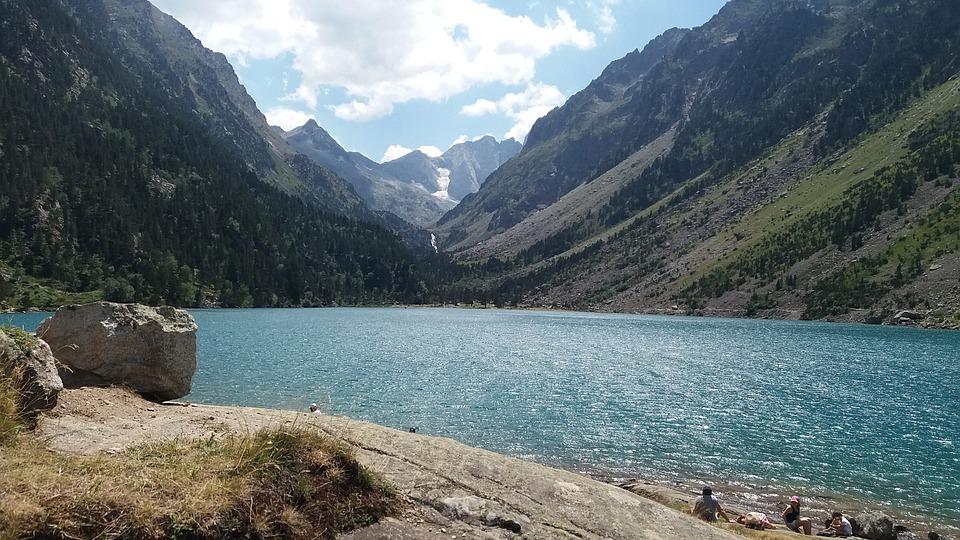 Lake, Gaube, Lac, Hiking, Excursion, Walk, Pyrenees