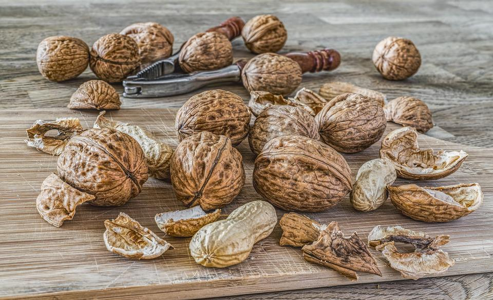 Nuts, Walnuts, Fruit Bowl, Brown, Eat, Food, Shell