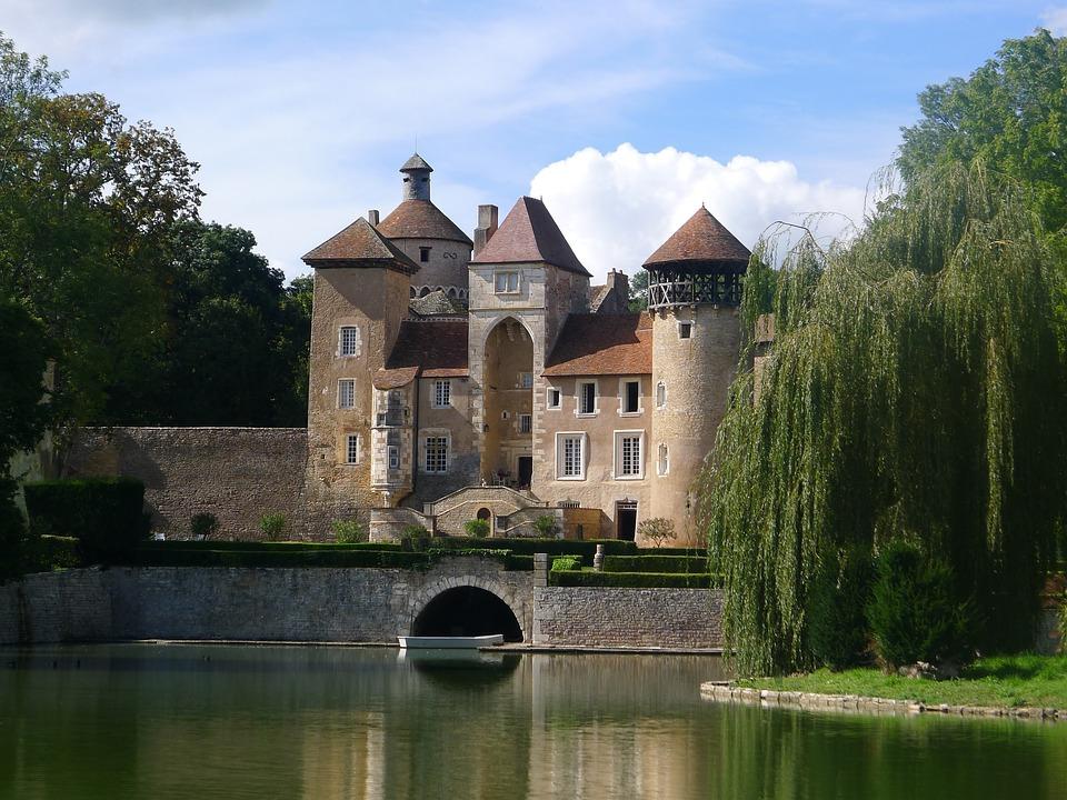 Bourgogne, Wasserburg, Landscape