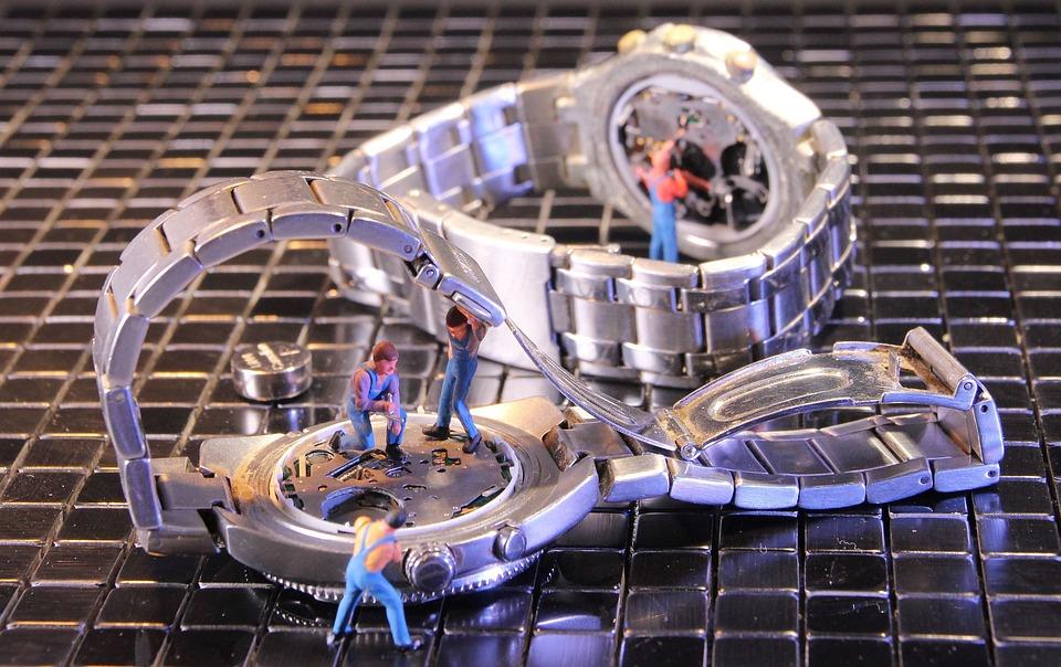 Wrist Watch, Watchmaker, Miniature Figures, Locksmith