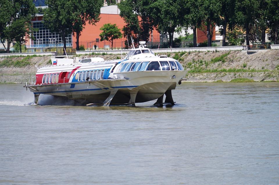 Rýchloloď, Water, River, Danube
