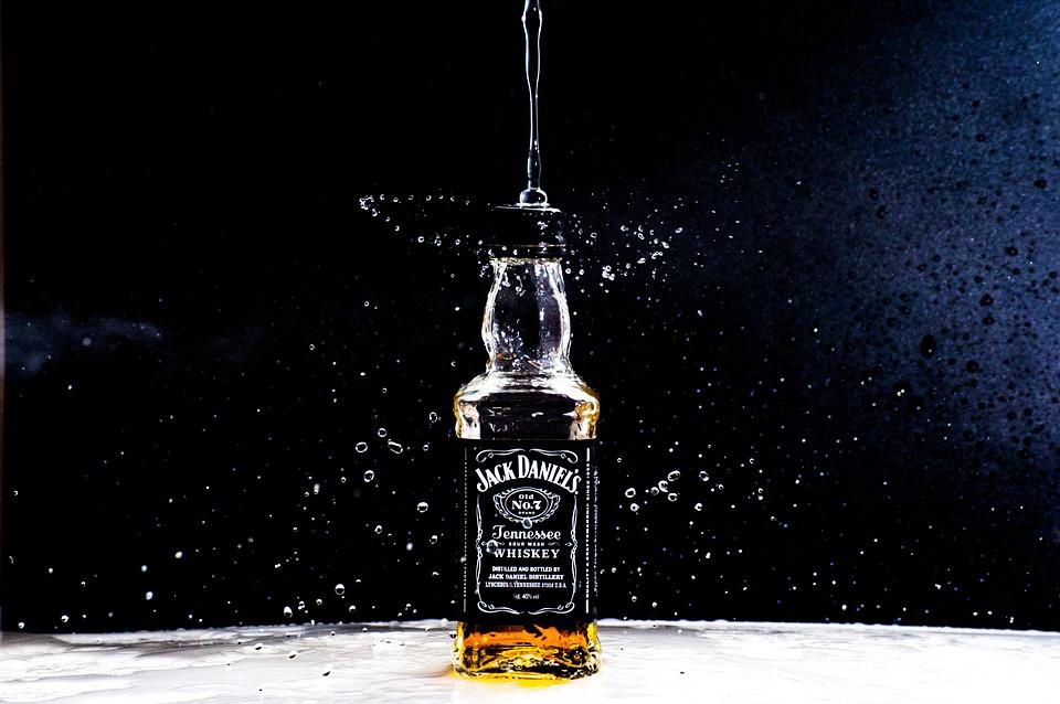 Bottle, Jackdaniels, Alcohol, Drink, Water, Drop