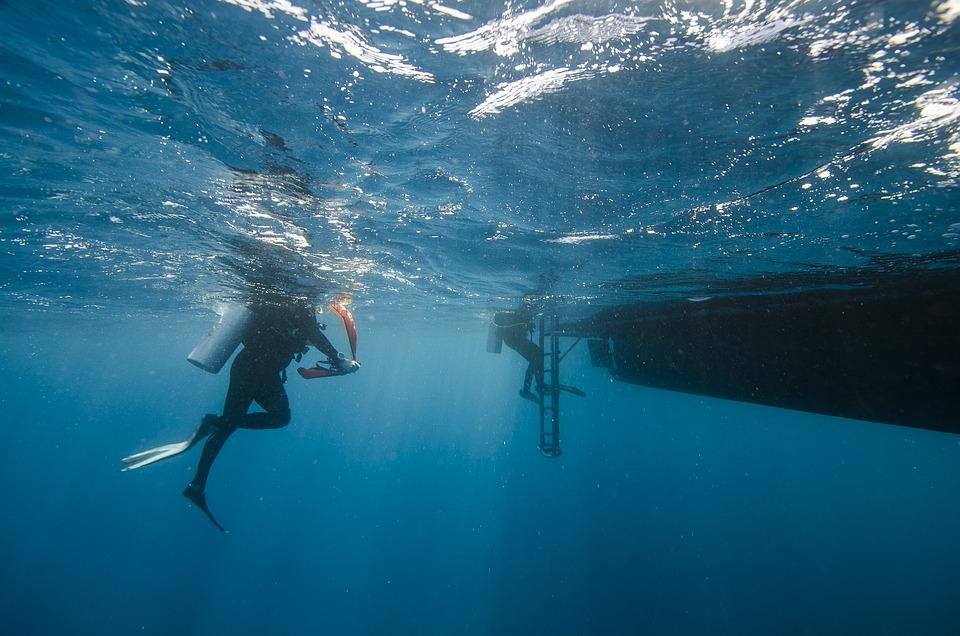 Maldives, Divers, Sea, Water, Boot
