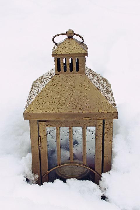 Lantern, Drip, Drop Of Water, Water, Rain, Wet, Close