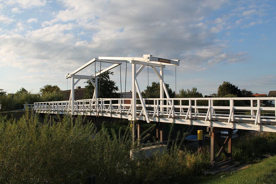 Bridge, Waters