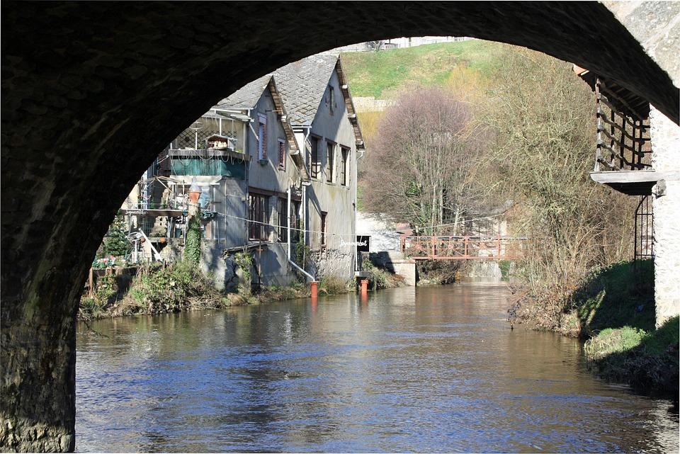 Riverside Buildings, Waterside Houses, House On River