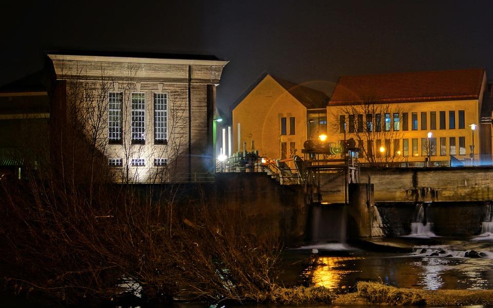 Waterworks, Night Photography, Long Exposure, Water
