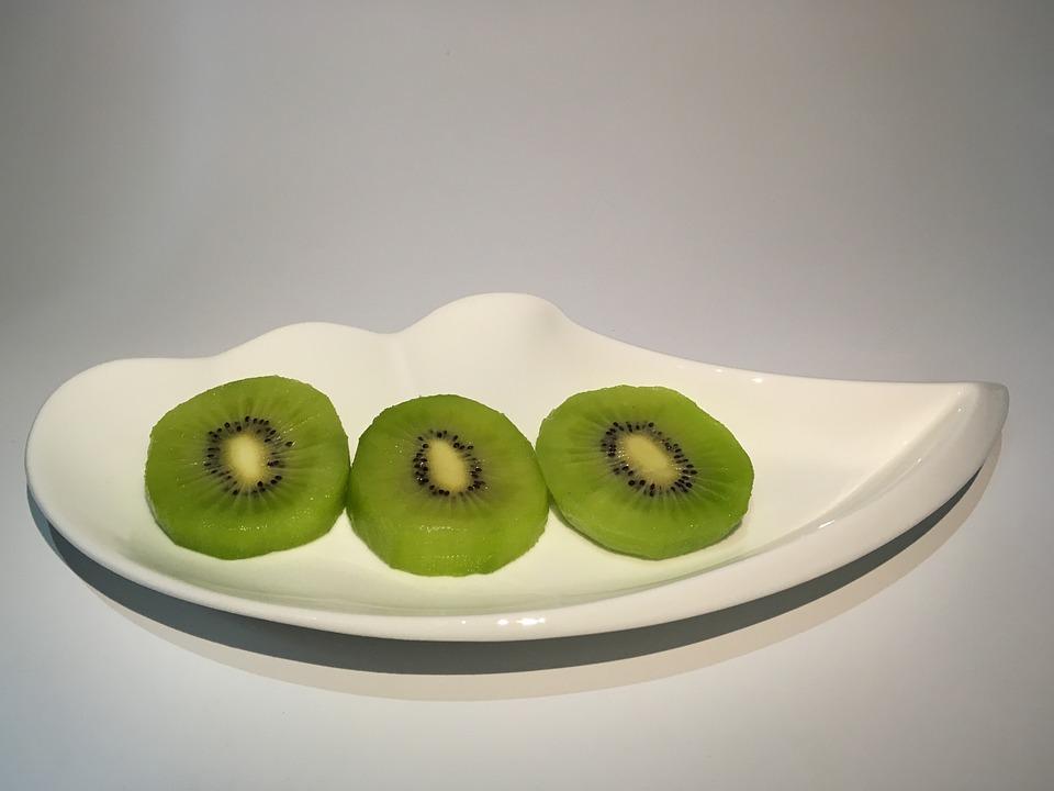 Kiwi, Kiwi Slices, Creative Dishes, Wave Plate