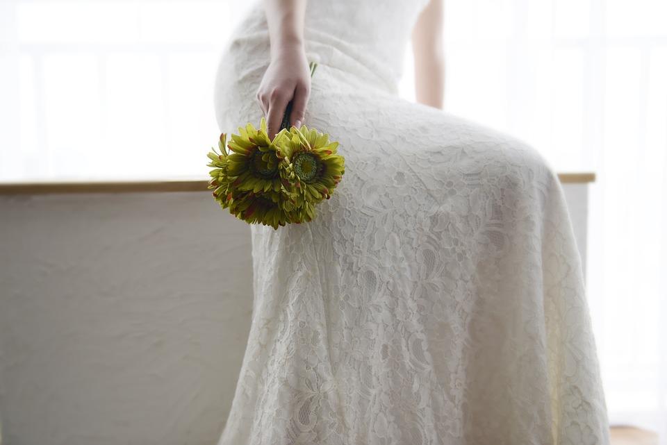 Wedding Dresses, Happy, Bride, Flower, Bouquet