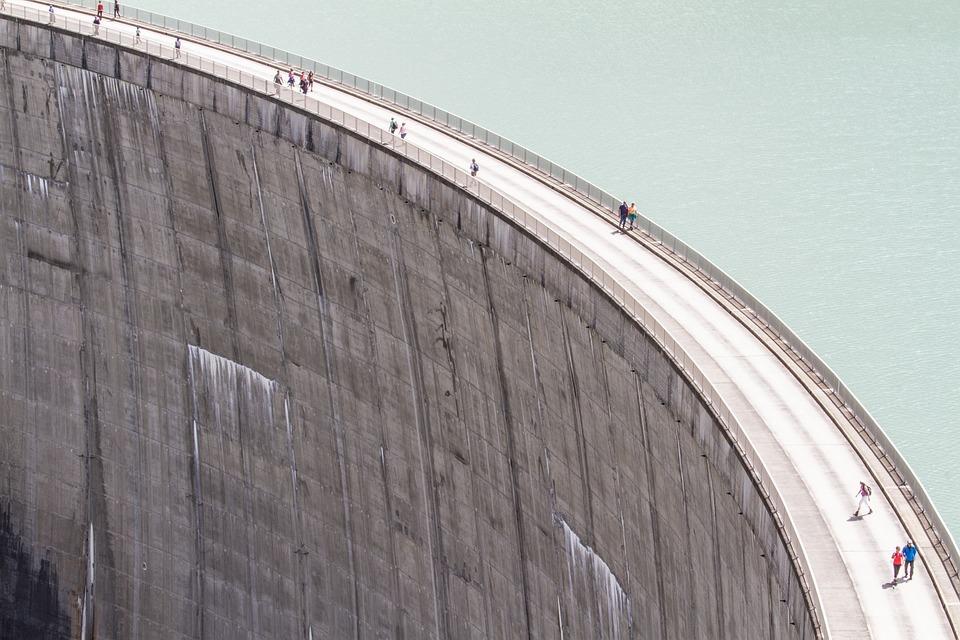 Reservoir, Weir