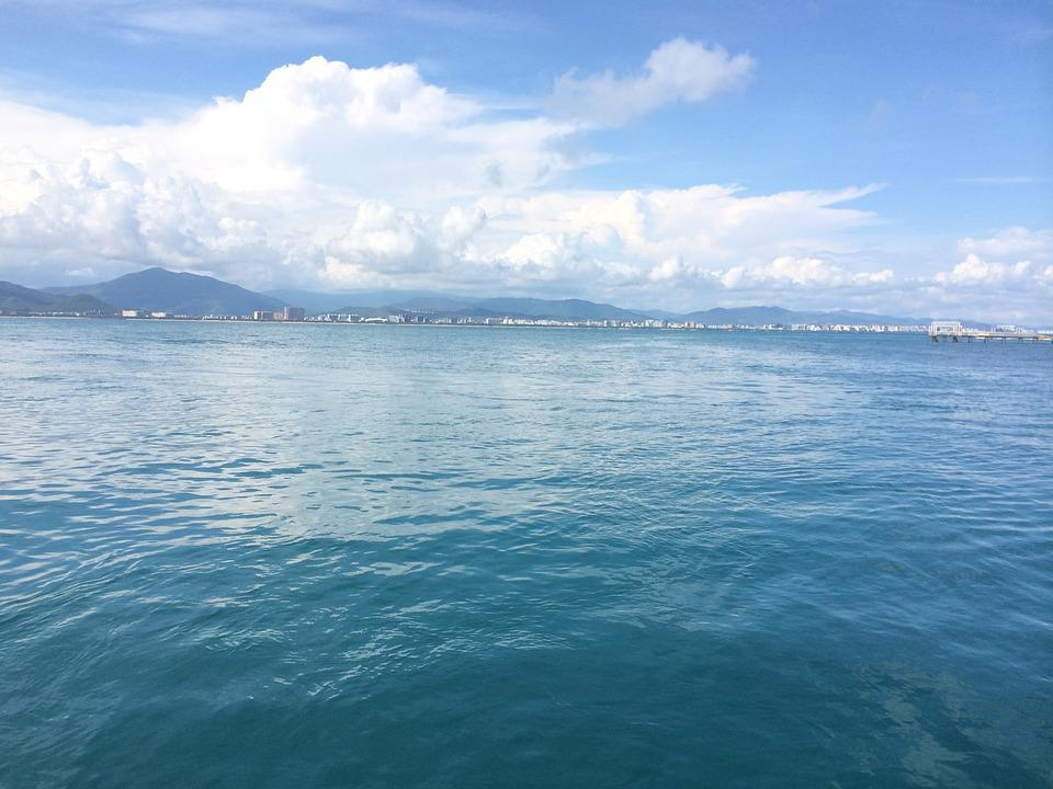 Sanya, West Island, The Sea, Blue Sky And White Clouds