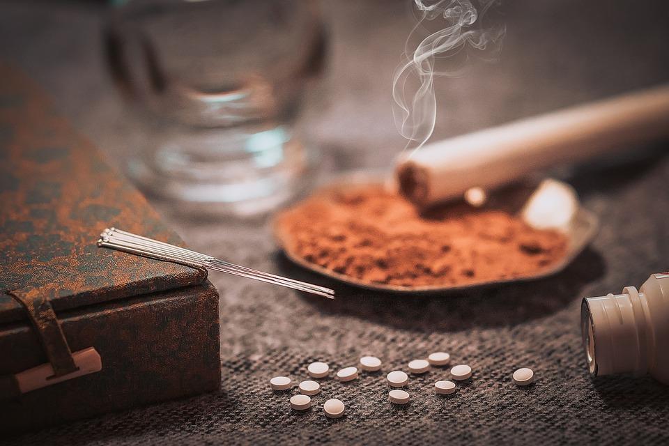 Chinese Medicine, Western Medicine, Combine, Treatment