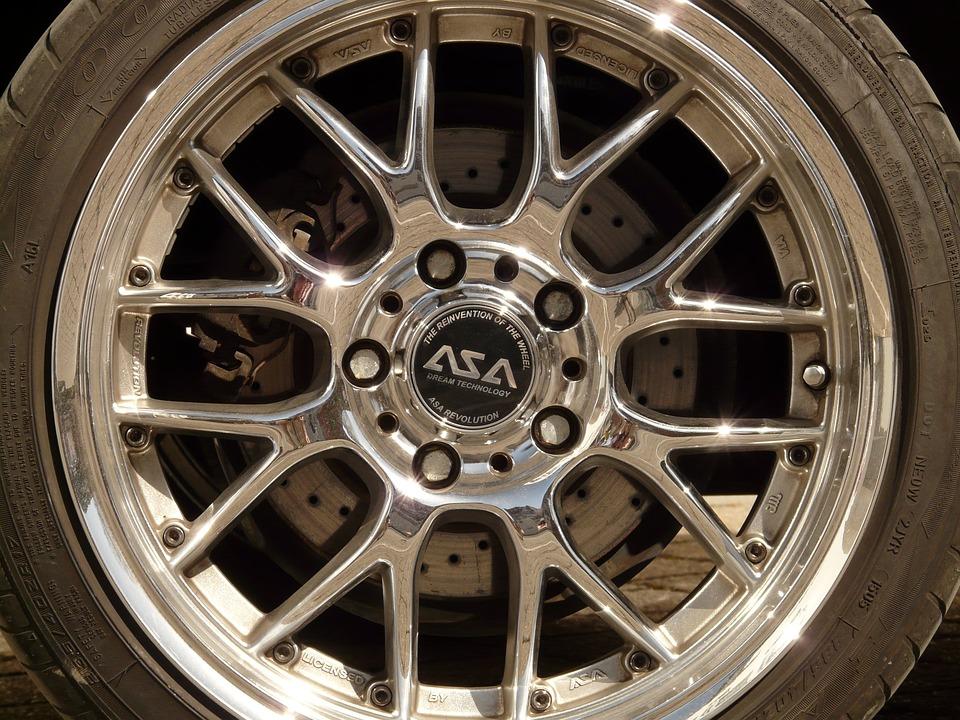 Wheel, Mature, Auto Tires, Rim, Chrome, Auto, Vehicle