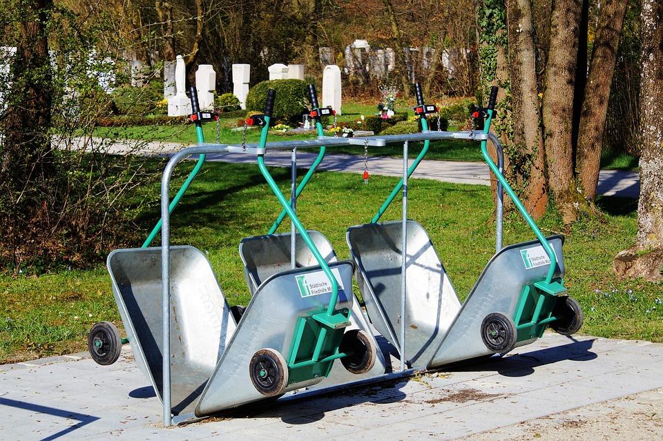 Wheelbarrows, Gardener, Gardening Equipment, Gardening