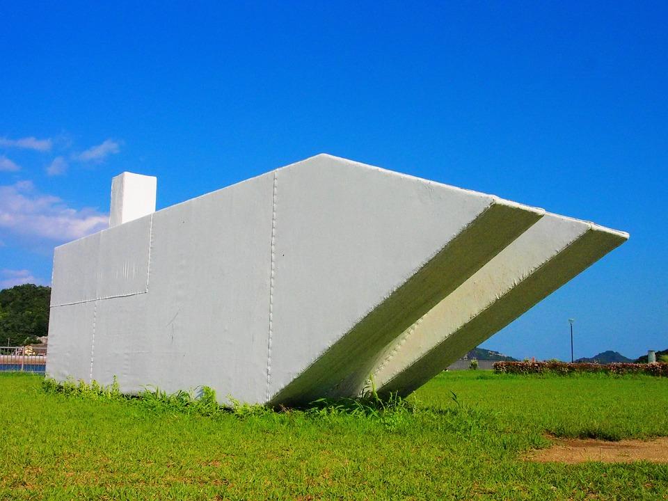 Uno Port, Monument, White Ship