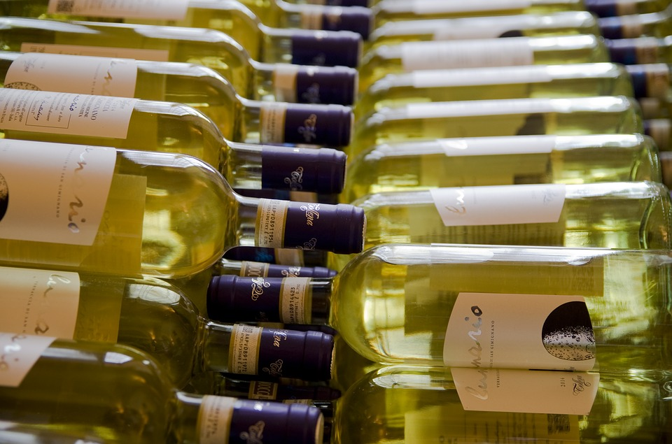 Wine Bottles, White Wine, Tuscany, Bottle, Benefit From