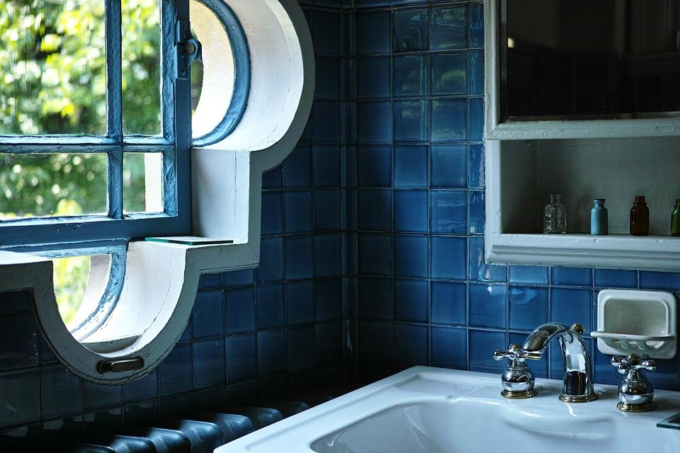 Washroom, Windows, Blue
