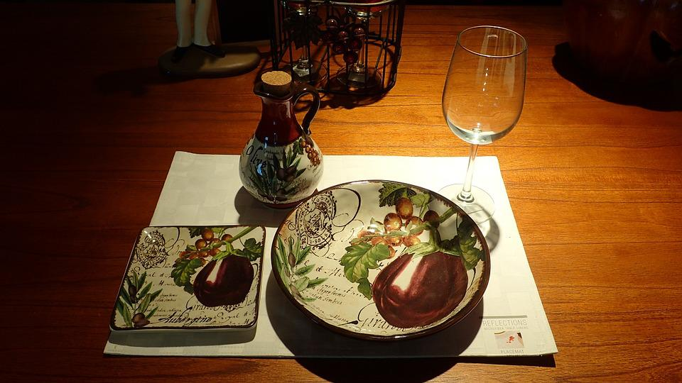 Dinner, Table, Plate, Glass, Wood, Wine, Mat, Empty