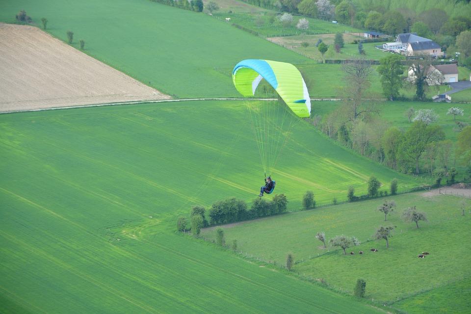 Paragliding, Sailing, Wing Yellow Green, Paraglider