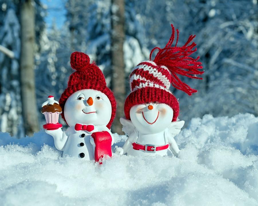 free photo winter funny figure fun snowmen cap snow face max pixel