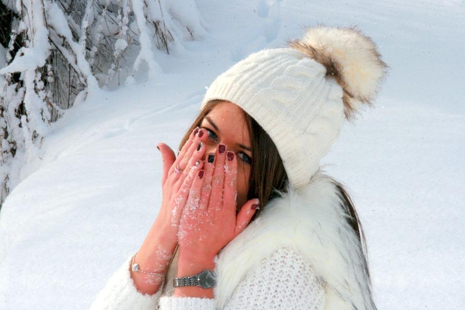 Girl, Snow, Hands, Frozen, White, Feerie, Winter