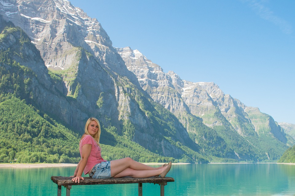 Bergsee, Klöntal, Glarus, Woman, Young, Summer, Beauty