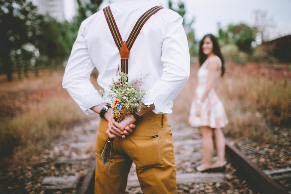 Bouquet, Surprise, Couple, Lovers, Pair, Man, Woman