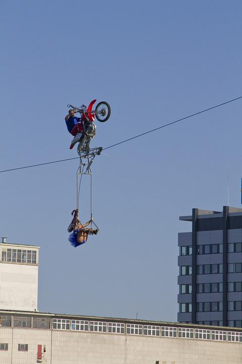 Free photo Woman High-wire Artist Man Motorcycle Rope - Max Pixel