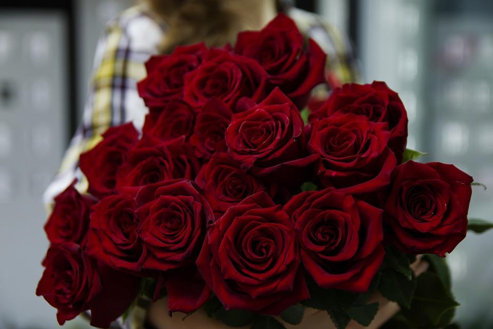 Free photo Woman Women Flower Flowers Roses Girl Love Rose - Max Pixel