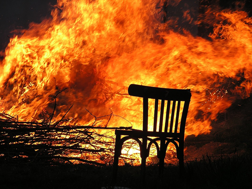 Charmant Fire, Flame, Burn, Chair, Wood Fire