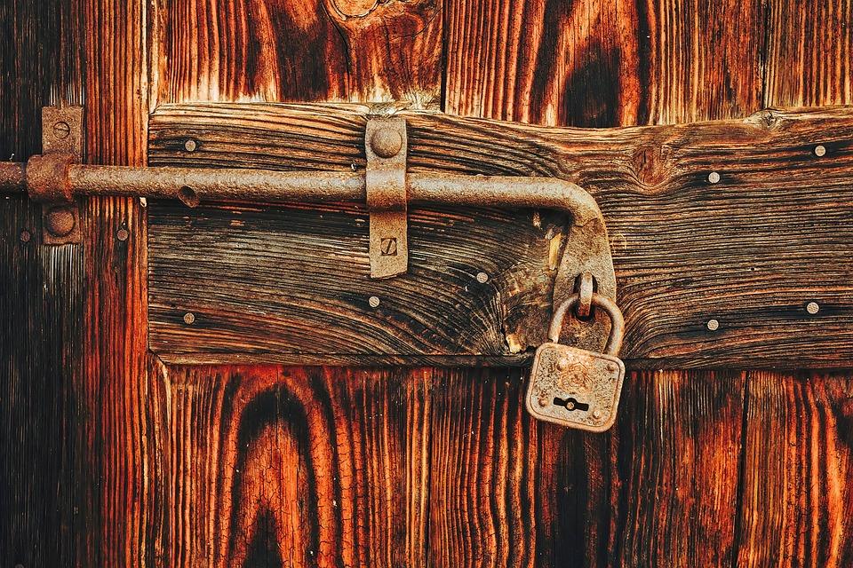 Door Lock Padlock Wood Wooden Still Life Old & Free photo Wood Still Life Door Lock Old Wooden Padlock - Max Pixel