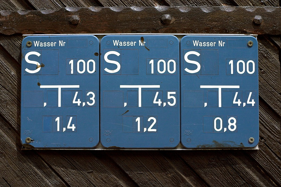 Shield, Note, Wood, Blue, Water, Line