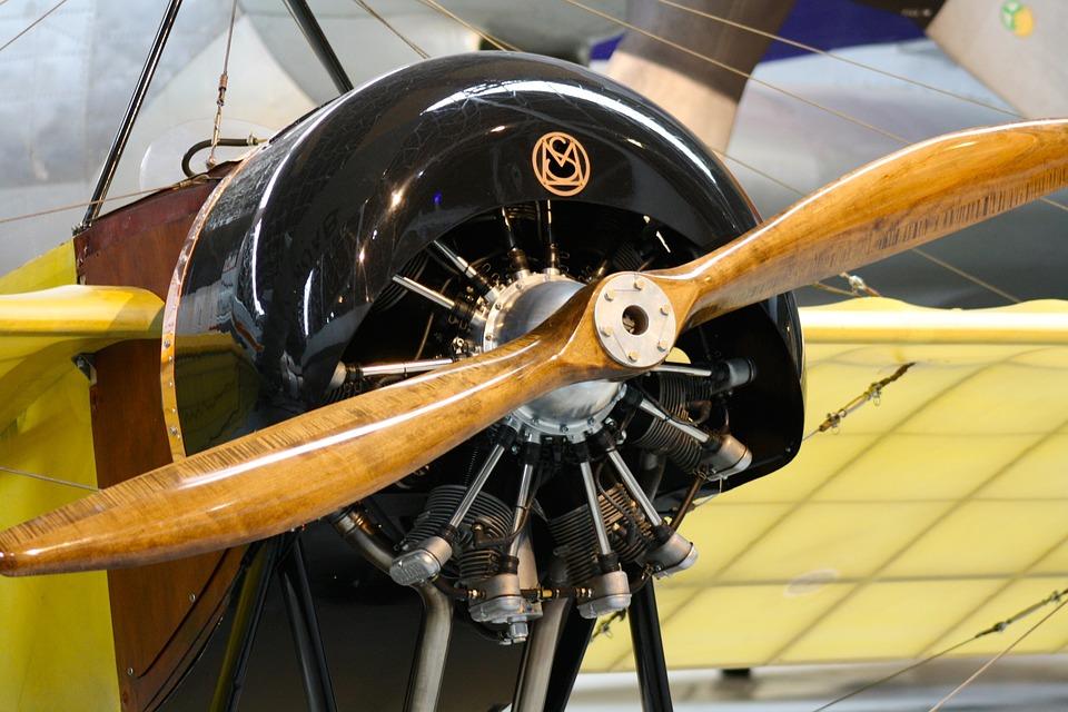 Wooden Airplane Propeller, Vintage Plane Engine