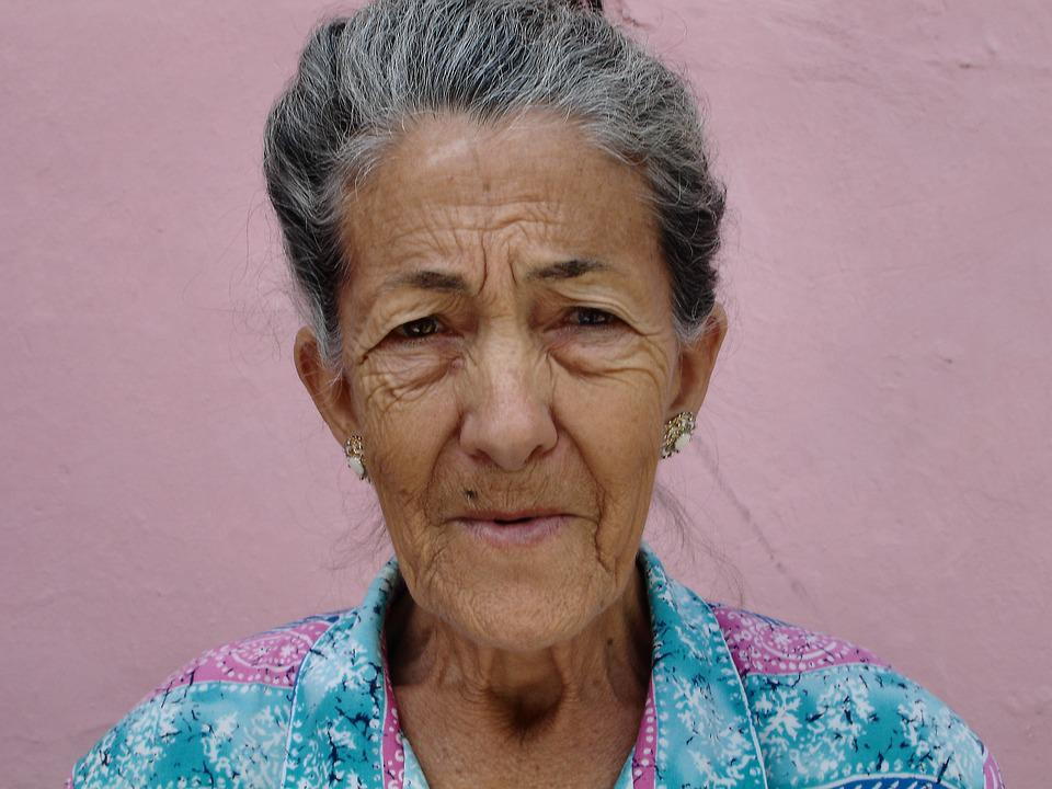 Wrinkled granny pics
