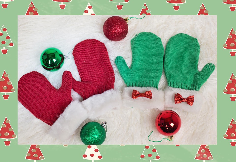 mittens christmas mittens red green xmas winter - Christmas Mittens