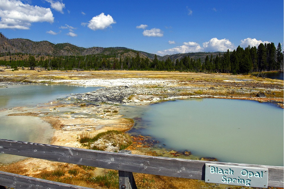 Black Opal Spring, Yellowstone National Park, Wyoming