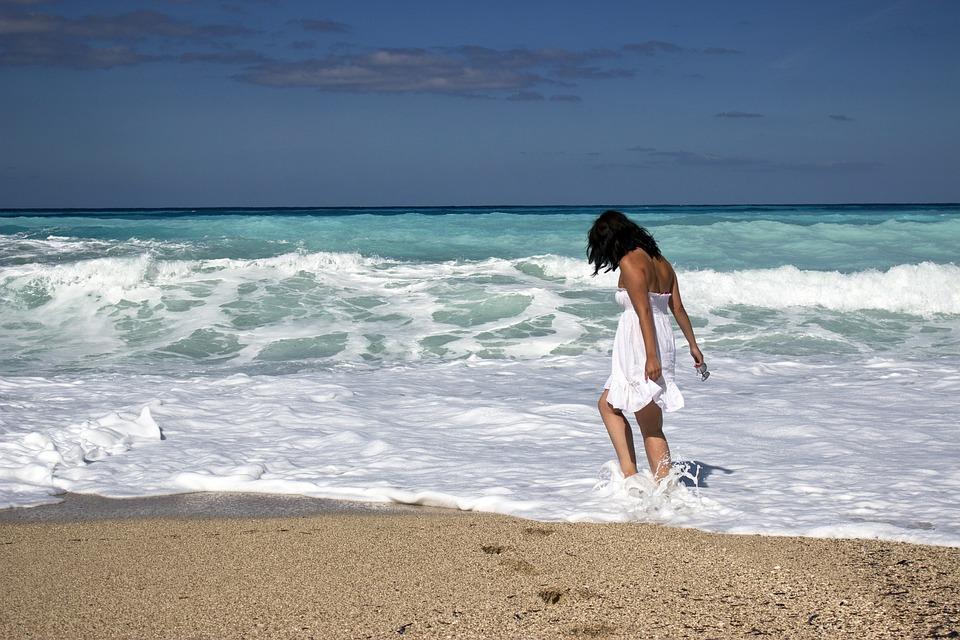 Free Photo Young Girl Summer Beach Beautiful People Sea