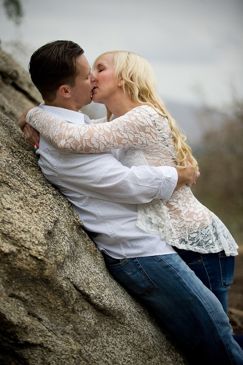 Love, Expression, Kiss, Romance, Couple, Young, People