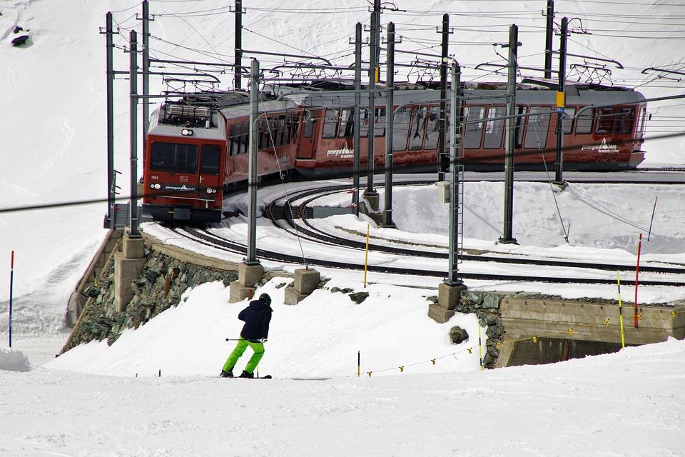 Skier, Rails, Pull Station, Zermatt, Gornergrat, Stok