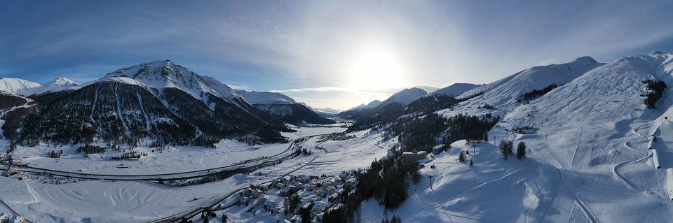 Engadin, Zuoz, Oberengadin, Winter, Switzerland