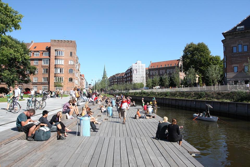 århus, Creek, City life, River Side, Lunch Break