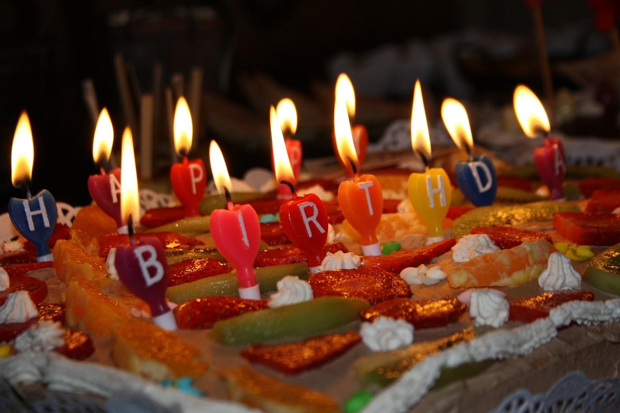 Картинка со свечами праздник