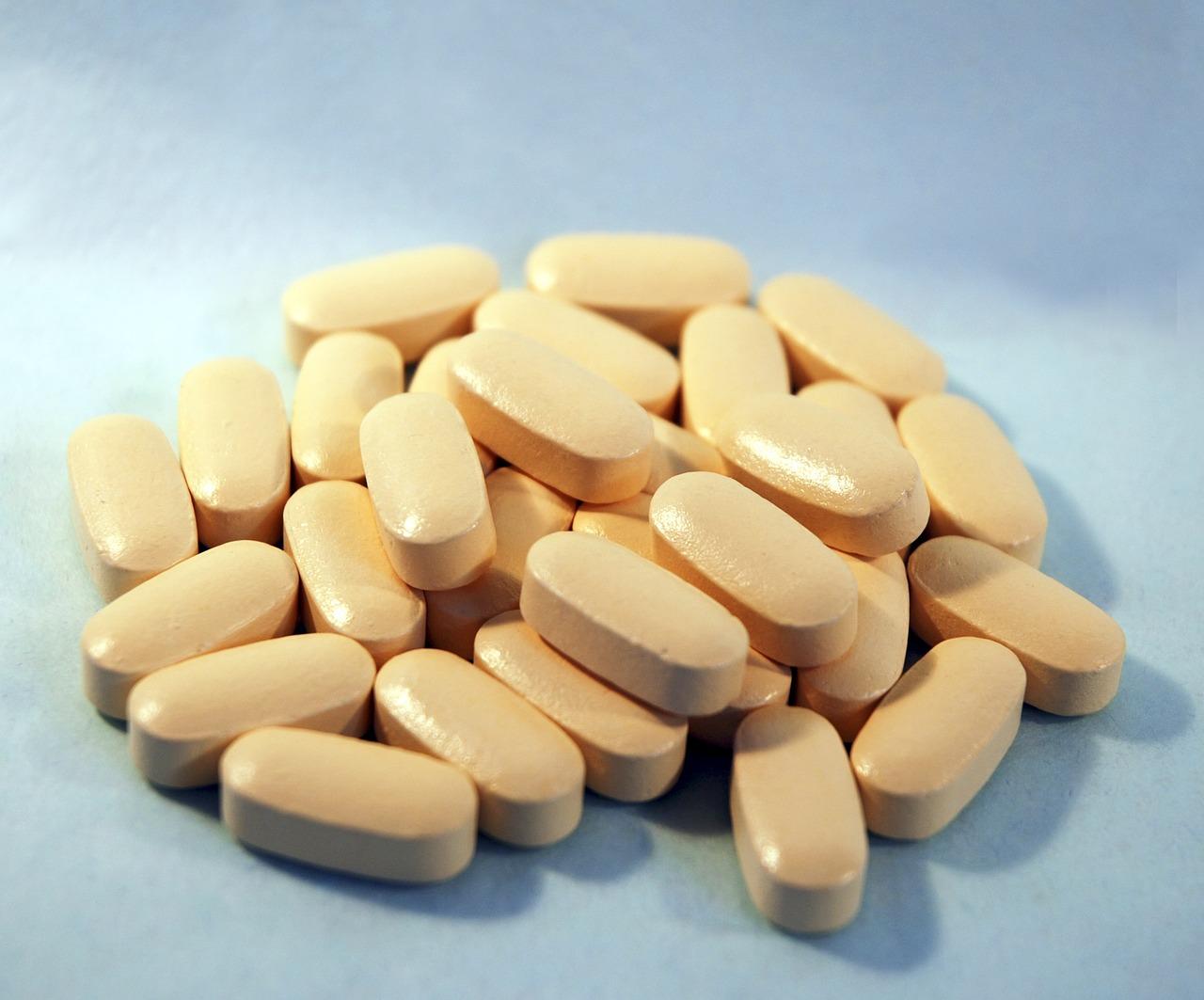 Medicine-Health-Medical-Pills-Medication-Drug-1800347.jpg