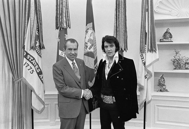 Elvis Presley, Richard Nixon, 1970, Black And White