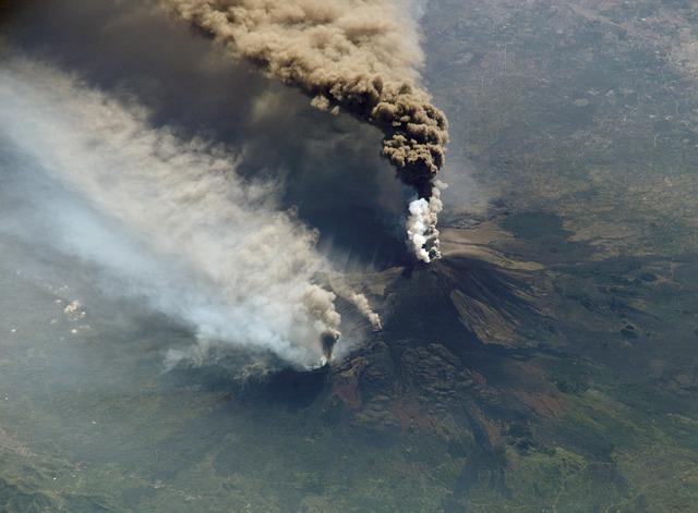 Cloud Of Smoke, Etna, Volcanic Eruption, Smoke, 2002